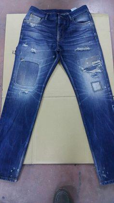#MensJeans Boys Jeans, Jeans Pants, Ripped Jeans, Denim Jeans, Types Of Jeans, Denim Art, Raw Denim, Vintage Jeans, Denim Fashion