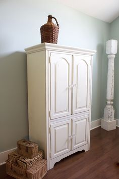 Serendipity Refined Blog Reader Painted Furniture Diy Help 2 Maureen S Chalk Painted French