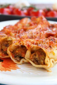 μικρή κουζίνα: Κανελόνια γεμιστά με λαχανικά στον φούρνο