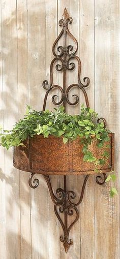 Beautiful idea for a blank wall or fence.