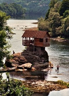 -this reminds me of the song...the wise man built his house upon a rock!