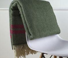 Pure New Wool Soft, Warm & Fluffy Blanket - Light & Glory Fulham Blanket #londonblankets #lightandglory #purewool #loveoursheep