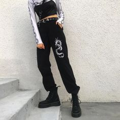 Dragon Cargo Pants im chinesischen Stil - Hipster Outfits, Edgy Outfits, Retro Outfits, Grunge Outfits, Cool Outfits, Fashion Outfits, Egirl Fashion, Africa Fashion, Mens Grunge Fashion