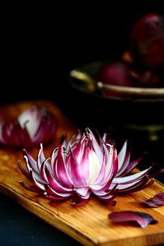 Punasipulista kukaksi - Suklaapossu Ketogenic Recipes, Keto Recipes, Keto Results, Salty Foods, Food Decoration, Keto Dinner, Herbal Remedies, Food Art, Herbalism