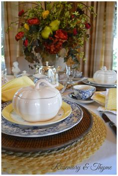 autumn tablescape, fall tablescape, fall, fall entertaining, table setting,