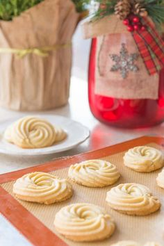 Simple, easy-to-make, delicious butter cookies! Butter Swirl Shortbread Cookies are a great Christmas Cookie for Holiday Baking! The dough is so easy to make and uses simple ingredients. These are a classic, crisp cookie. Christmas Cooking, Christmas Desserts, Christmas Holiday, Christmas Cookie Recipes, Christmas Crafts, Italian Christmas, Christmas Gingerbread, Christmas Goodies, Christmas Traditions