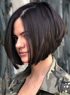 Ten Trendy Short Bob Haircuts for Female, Best Short Hair Styles 2019 Graduated Bob Haircuts, Asymmetrical Bob Haircuts, Stacked Bob Hairstyles, Curly Bob Hairstyles, Curly Hair Styles, Cool Hairstyles, Hairstyle Ideas, Hairstyles 2018, Hairstyles Pictures