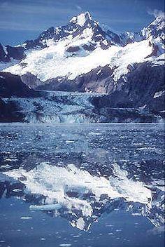 Glacier Bay National Park, Alaska. Can't wait to go here!