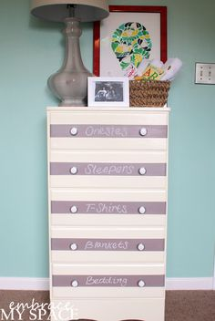Check out these delightful DIY chalkboard furniture ideas for kids rooms & be sure to use nursery-safe, non-toxic, super-durable chalkboard paint! Baby Nursery Diy, Chic Nursery, Nursery Ideas, Room Ideas, Chalkboard Labels, Chalkboard Paint, Striped Dresser, Purple Themes, Nursery Design