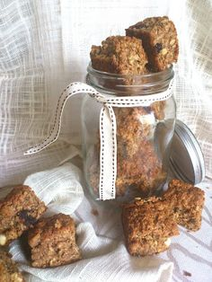 Recipe Of The Week - Muesli Rusks - Life Retreat South African Dishes, South African Recipes, Rusk Recipe, Healthy Biscuits, What To Cook, Sweet Recipes, Yummy Recipes, Vegetarian Recipes, Tray Bakes