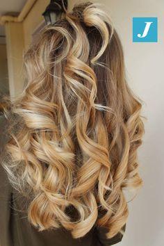 Il Degradé Joelle non si può spiegare, bisogna viverlo. #cdj #degradejoelle #tagliopuntearia #degradé #igers #musthave #hair #hairstyle #haircolour #longhair #ootd #hairfashion #madeinitaly #wellastudionyc