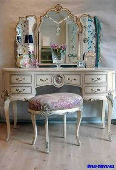 This it's very nice and the stool so pretty with matching details.