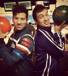 Josh looks great in that Party Poison jacket. It suits him for some weird reason.<<*has emo flash backs* *cries in g note*