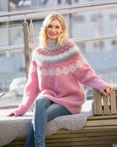 Genser Tia   Knittingroom Ravelry, Pullover Mode, Icelandic Sweaters, Turtleneck Outfit, Mohair Sweater, Cute Sweaters, Sweater Fashion, Baby Alpaca, Tweed
