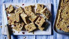 These energy bars are so easy to make, and are great for a packed lunch or eating on the go.