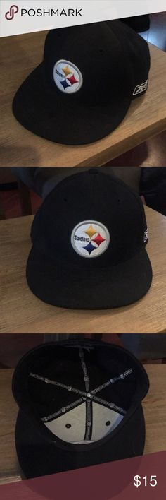 """Pittsburgh Steelers Fitted Hat Pittsburgh Steelers fitted hat by reebok. Official NFL gear. Black with raised stitched Pittsburgh Steelers Logo in front. Size 7 1/8"""". Lightly used, in great condition. Reebok Accessories Hats"""