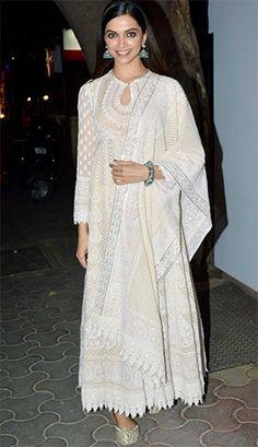 Deepika Padukone Charms Us In Off-White Outfits! White Anarkali, Anarkali Dress, Pakistani Dresses, Indian Dresses, Indian Anarkali, African Dress, Indian Look, Dress Indian Style, Designer Party Wear Dresses