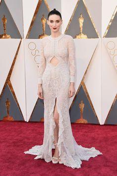 Rooney Mara in lace Givenchy, Oscars 2016
