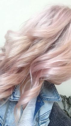 Wella Colour Touch INSTAMATIC candy floss pink hair