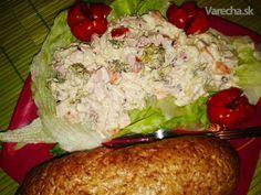 Pikantný brokolicový šalát s kuracím mäsom Chicken Runs, Grains, Salads, Recipies, Food And Drink, Appetizers, Rice, Meat, Russian Recipes