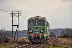 ST43-333 jedzie luzem szlakiem Piława Górna- Ząbkowice Śląskie do Kamieńca Ząbkowickiego by odebrać próżny skład do PGK. Są to ostatnie kilometry tej lokomotywy.