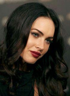 Beautiful Celebrities, Beautiful Actresses, Estilo Megan Fox, Megan Fox Style, Megan Fox Pictures, Rachel James, Megan Denise Fox, Berry Lipstick, Veronica Lake