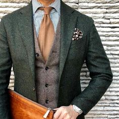 Autumn Fashion for grooms. Dust the Yellowed Leaves! Autumn Fashion for grooms. Dust the Yellowed Leaves!,Men stuff Autumn Fashion for grooms. Dust the Yellowed Leaves! The Suits, Cool Suits, Mens Suits, Wedding Men, Wedding Groom, Wedding Attire, Tweed Wedding Suits, Vintage Wedding Suits, Vintage Groom