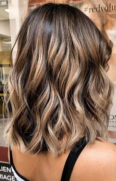 balayage hair color, fabmood, light brown hair color ideas, hair colours 2019 hair color trends, best hair color for fall hair colors Hair Color Ideas For Brunettes Balayage, Brown Hair Balayage, Hair Color Balayage, Ombre Hair, Brunette Balayage Hair Short, Fall Hair Highlights, Brunette With Blonde Highlights, Blonde Wig, Short Dark Brown Hair With Caramel Highlights