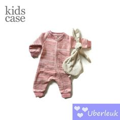 Warm comfortabel supercute boxpak van KidsCase. #roze #boxpak #playsuit #pink #bunny