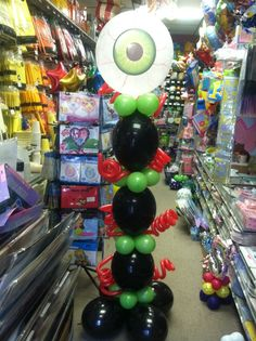 Watch Out for the Eye Balloon!!! www.facebook.com/Party.Outlet.Valpo Special Order this for your Halloween Party