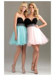 A-Line Sweetheart Rhinestone Tulle Homecoming Dress