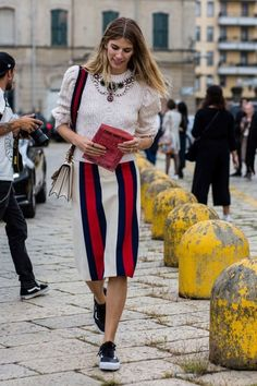 Red and white | Combining elegance and street style