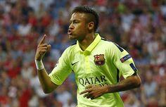 GOL DO BARCELONA! Neymar recebe de Suárez de novo, faz 2 a 1 e praticamente elimina o Bayern http://glo.bo/1ctCNAD