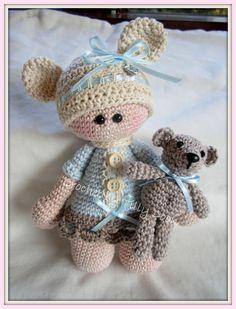 Popje Teddy met knuffel beertje maak deze op bestelling ook voor jouw