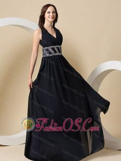 Super ideas for dress prom long navy classy Navy Blue Prom Dresses, Pretty Prom Dresses, Cheap Homecoming Dresses, Affordable Prom Dresses, Blue Evening Dresses, V Neck Prom Dresses, Unique Prom Dresses, Prom Dresses For Sale, Prom Dresses Online