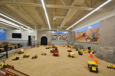 Indoor play area with oversized sandbox opens in Littleton to inspire future builders – The Denver Post Kids Indoor Play Area, Indoor Playroom, Soft Play Area, Kids Indoor Playground, Kid Playroom, Playroom Decor, Playroom Ideas, Kids Play Centre, Indoor Play Centre