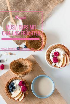 Müsli Cups mit Chia und Früchten