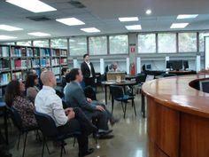 En los espacios de la Biblioteca suelen hacerse tertulias o eventos para comentar libros nuevos e intercambiar con nuestros usuarios.