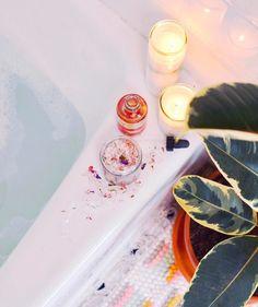 How to chill ✨ #UOHome #UOBeauty #UOSanDiego #UrbanOutfitters