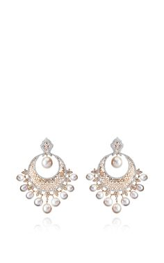 Ethnic Chandbalis Earrings by Farah Khan Fine Jewelry for Preorder on Moda Operandi Fantasy Jewelry, Jewelry Art, Antique Jewelry, Fine Jewelry, Jewelry Design, Fashion Jewelry, Diamond Jewelry, Diamond Earrings, Drop Earrings