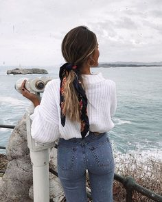 Kleider rock minimal style inspiration denim style inspo denim inspiration inspo minimal modeinspo style what to add to your closet in august Denim Fashion, Look Fashion, Fashion Outfits, Fashion Mode, Europe Fashion, Fashion Trends, Fashion Hair, School Fashion, French Fashion