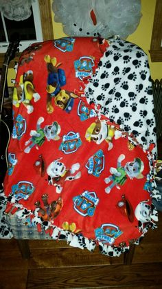 Paw patrol is on a roll! You wont have to yelp for help when youre cold. Your favorite characters from paw patrol will keep you warm.  Measures