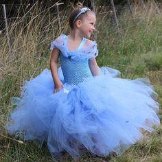 TUTU TUESDAY....Sweet Mia looking like a true princess in her bespoke Cinderella tutu 💙💙💙💙💙 . . . 📷 @us.plus.three_ . . .…