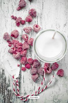 ... raspberry & rosemary smoothie ...