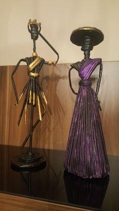 Throughout your ex five-decade job, artist Viola Frey generated an extraordinary entire body of work, Pottery Sculpture, Sculpture Clay, Sculptures, African Dolls, African Art, Paper Clay, Paper Art, Paper Dolls, Art Dolls