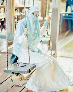 Niqab Fashion, Muslim Fashion, Girl Fashion, Fashion Outfits, Modest Dresses Casual, Casual Hijab Outfit, Hijabi Girl, Girl Hijab, Muslim Girls