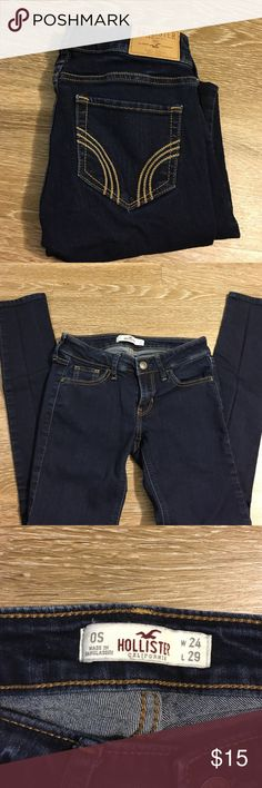 Hollister dark wash jeans Hollister dark wash supper skinny jeans. Size 0 short. No stains or tears. Very minimal wear probably only 3 times. Very good condition Hollister Jeans Skinny