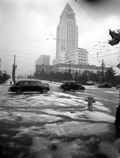 Los Angeles City Hall towers over slushy (but perhaps not snowy) streets on Feb. 21, 1944