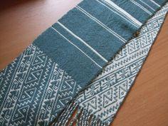 二重織りのミニマフラー - 佐藤千枝子