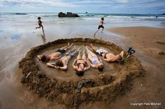 Hot Water Beach Coromandel Peninsula, New Zealand, make your own hot tub when tides come in witg water My Land, What Is Like, Kiwi, Beautiful World, Envy, Abandoned, Tub, Landscapes, Places To Visit